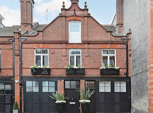 Thumbnail Property for sale in Adams Row, London