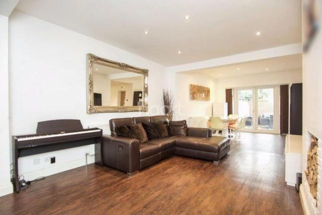 Thumbnail Terraced house to rent in Beaulieu Close, Colindale