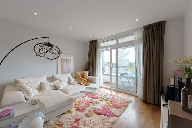 Thumbnail Flat to rent in Sesame Apartments, Battersea