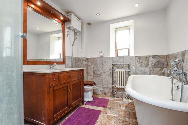 Bathroom of Hailey, Witney OX29