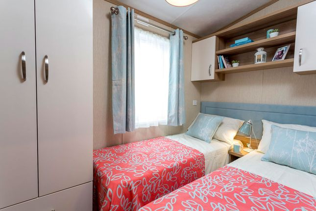 Bedroom of Barholm Road, Tallington, Stamford, Lincolnshire PE9