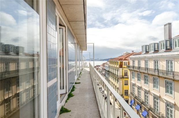 Thumbnail Apartment for sale in Chiado, Lisbon, Portugal
