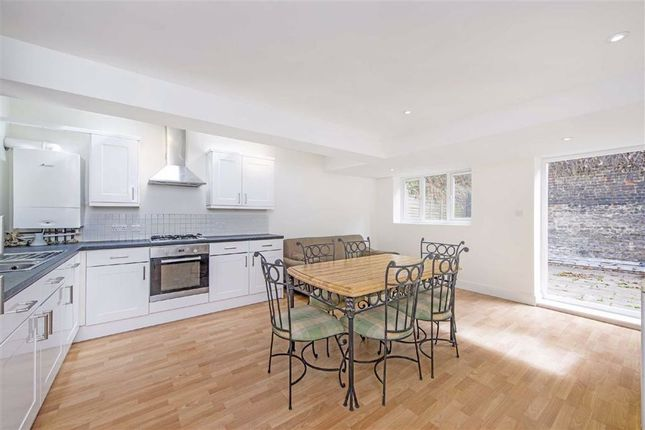 Thumbnail Property to rent in Selkirk Road, London