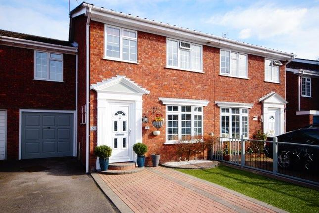 Thumbnail Terraced house for sale in Waterside Close, Bordon