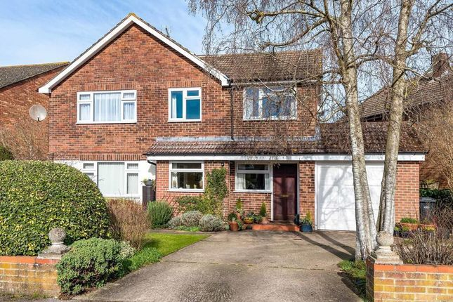 Thumbnail Detached house for sale in Brookmead Drive, Wallingford
