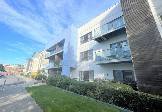 Thumbnail Flat for sale in Mariners Court, Lamberts Road, Swansea
