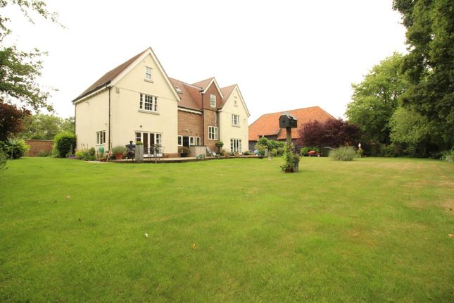 Thumbnail Property for sale in Barnsley Hall, Harlow, Essex