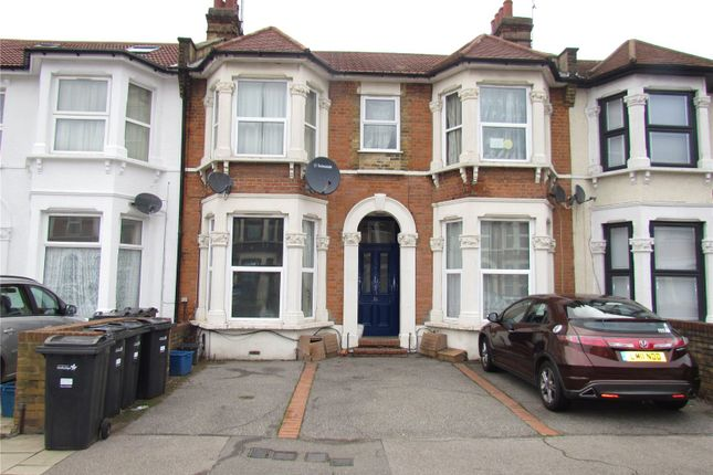 Thumbnail Flat to rent in Cambridge Road, Seven Kings, Ilford, Essex