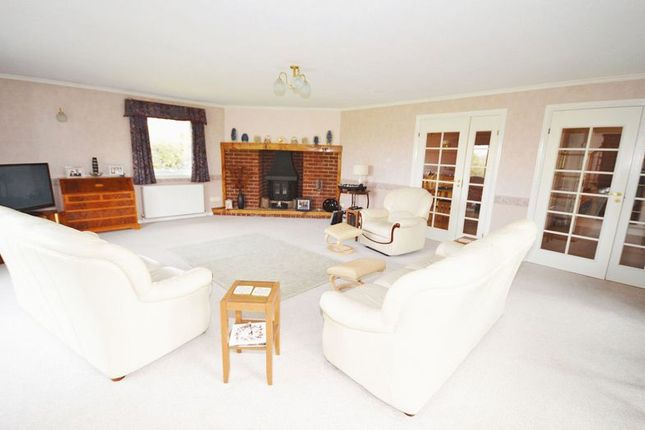 Living Room of Wendover Road, Weston Turville, Aylesbury HP22