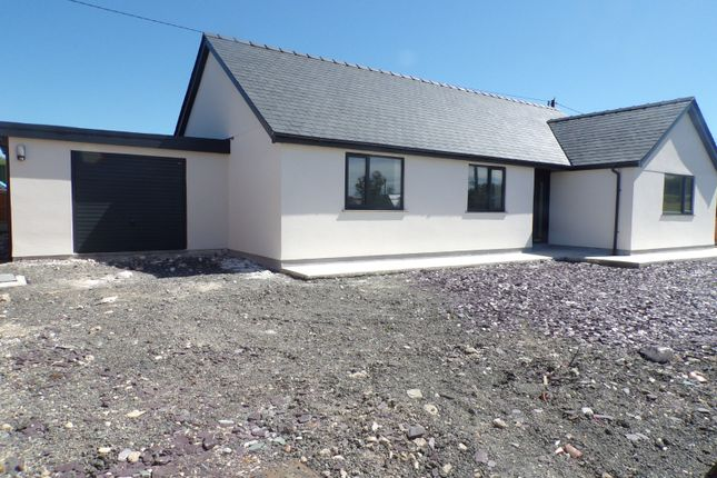Thumbnail Property for sale in Pontllyfni, Caernarfon