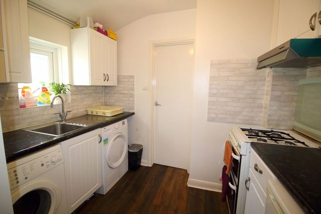 Kitchen of Coulsdon Road, Caterham CR3