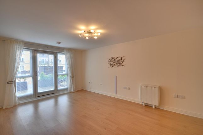 Thumbnail Flat to rent in Ovaltine Court, Ovaltine Drive, Kings Langley, Hertfordshire
