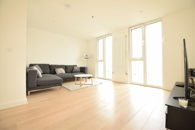 Thumbnail Town house to rent in Admiralty Avenue, London