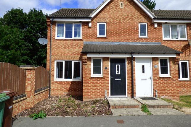 Thumbnail Semi-detached house to rent in Cromwell Mount, Pontefract