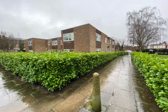 Thumbnail Flat to rent in Downing Close, Prenton