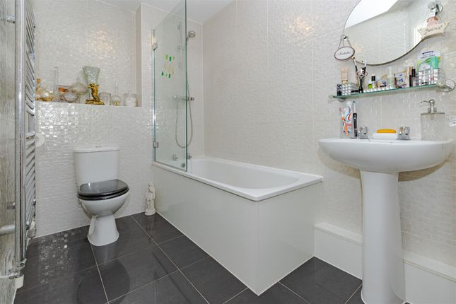 Bathroom of Todd Close, Borehamwood WD6