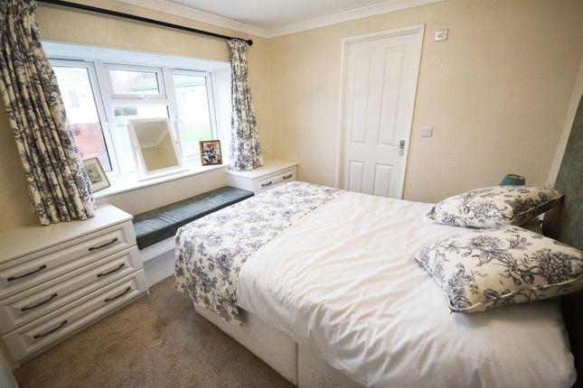 Bedroom One of Shillingford Park, Carmarthen Road, Kilgetty SA68
