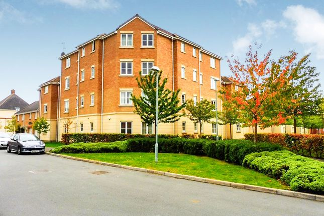 Thumbnail Flat for sale in Endeavour Road, Swindon