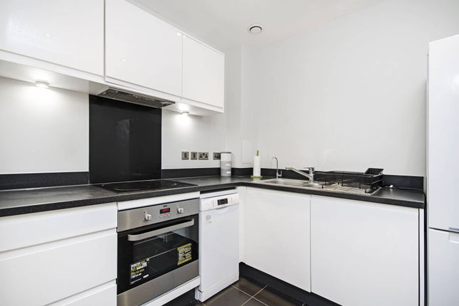 Thumbnail Flat to rent in Guardian Avenue, Colindale, London