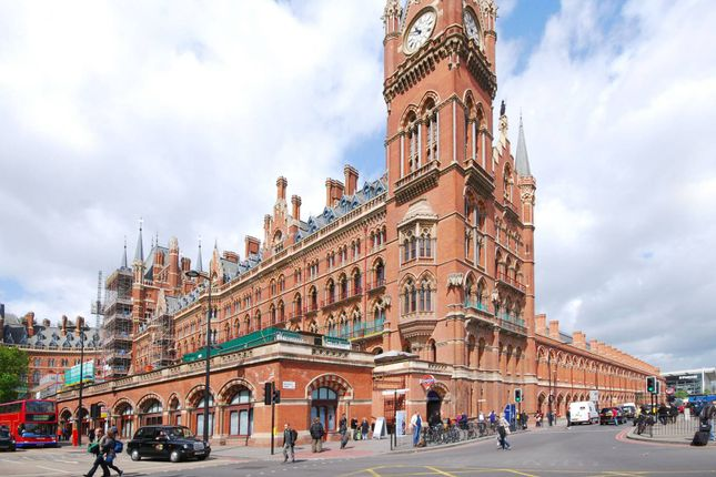 Thumbnail Flat to rent in St Pancras Chambers, St Pancras