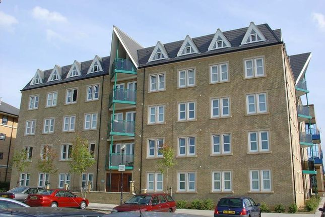 Thumbnail Flat for sale in Clarence House, Central Milton Keynes, Milton Keynes, Buckinghamshire