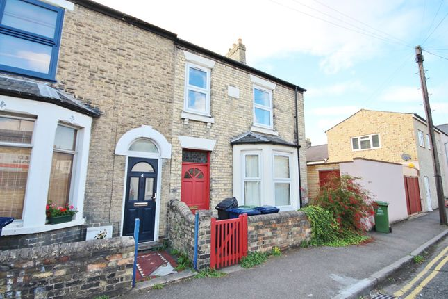 Thumbnail End terrace house to rent in Hope Street, Cambridge