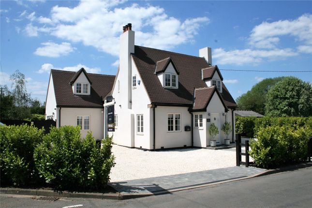 Thumbnail Country house for sale in Rookery Road, Wyboston, Bedford