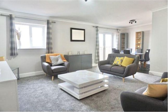 3 bed flat for sale in Townsend Way, Birmingham B1