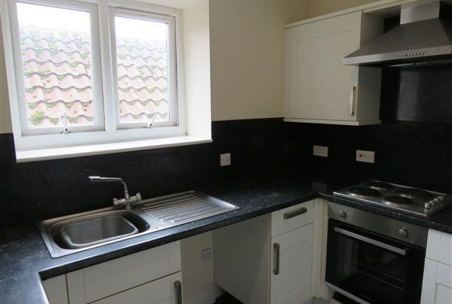 Thumbnail Flat to rent in Row 102, Great Yarmouth