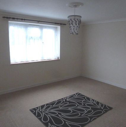 Thumbnail Maisonette to rent in Whitmore Avenue, Brislington, Bristol