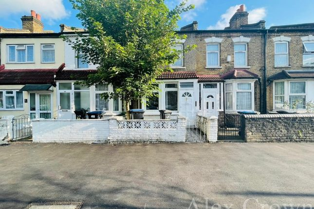 Thumbnail Terraced house to rent in Bounces Road, London