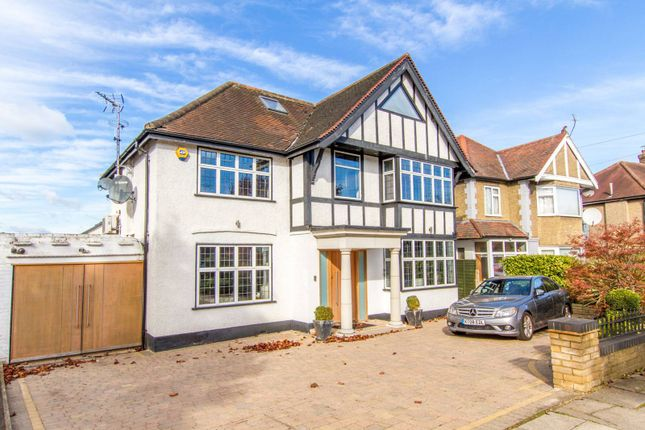 Thumbnail Detached house for sale in Belmont Avenue, Cockfosters