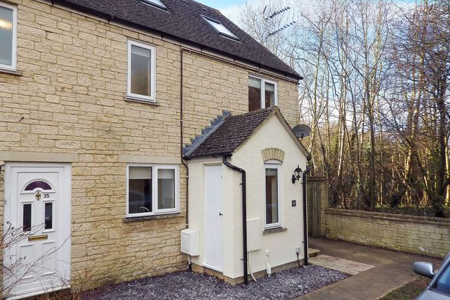 Thumbnail Terraced house to rent in Stow Avenue, Witney, Oxfordshire