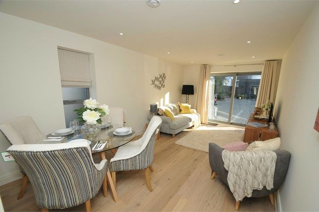Thumbnail Flat for sale in Southampton Road, Ringwood, Hampshire