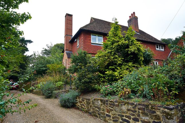 Thumbnail Semi-detached house to rent in High Street, Limpsfield, Oxted
