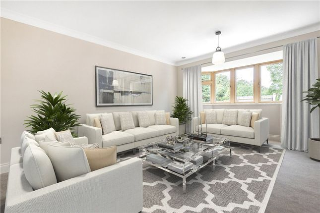 Living Room of Sandy Rise, Chalfont St Peter, Gerrards Cross SL9
