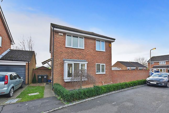 Thumbnail Detached house to rent in Juniper Close, Ashford