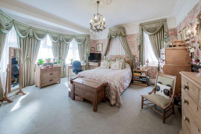 Bedroom 2 of St. Georges Avenue, Northampton NN2