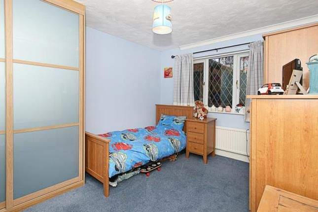 Picture No.13 of Meadow Gate Avenue, Sothall, Sheffield, South Yorkshire S20