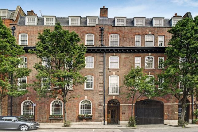 Thumbnail Flat for sale in Mount Row, London
