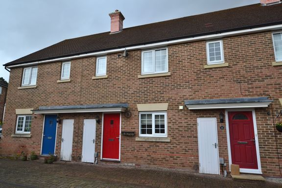 3 bed terraced house to rent in The West Hundreds, Elvetham Heath, Fleet GU51