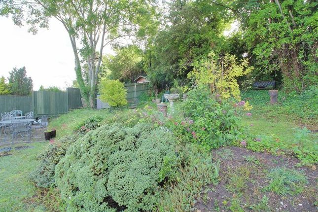 Photo 25 of Cliff End, Purley CR8