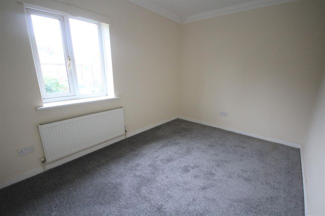 10 Birdwood Road Bed 2