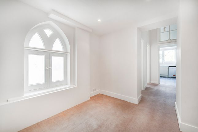 Thumbnail Flat to rent in London Road, Windlesham