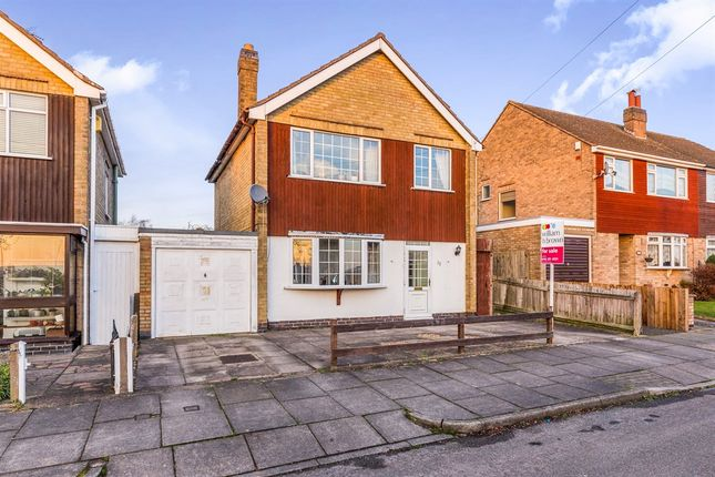 Thumbnail Detached house for sale in St. Helens Drive, Leicester