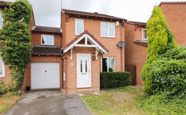 Thumbnail Detached house to rent in Jordanthorpe Green, Sheffield, South Yorkshire