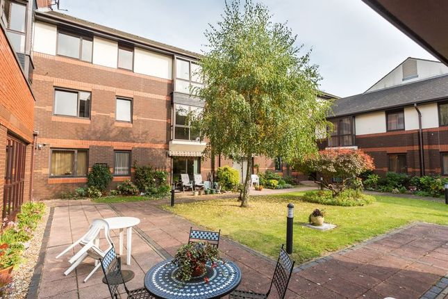 Thumbnail Property for sale in Sunningdale Court, Gordon Place, Southend-On-Sea
