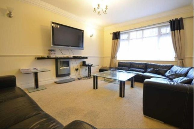 Thumbnail Property to rent in Kingswood Road, Fallowfield, Manchester
