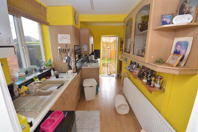 Kitchen of Seedfield Croft, Cheylesmore, Coventry CV3