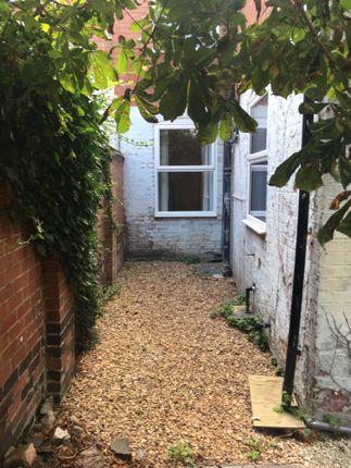 Garden  of Hobart Street, Leicester LE2